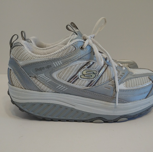 Skechers shape ups # 11814 walking shoes